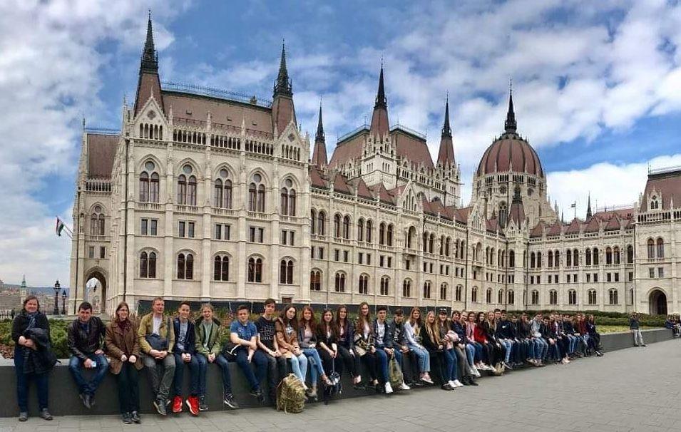 Testvériskolai látogatás Budapesten és kirándulás a Balaton-felvidéken